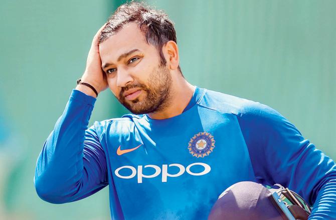 આજે ભારત અને ઓસ્ટ્રેલિયા વચ્ચે નાગપુરના જામથા મેદાન પર બીજી વન-ડે રમાઈ રહી છે. પ્રથમ બેટિંગ કરતા ભારતીય ટીમે 2 વિકેટ ગુમાવી છે. ભારતીય ટીમ માટે આ મેચ ખાસ છે જો ભારત આ મેચ જીતશે તો વન-ડેમાં ટીમની 500મી જીત હશે.