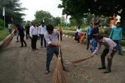 Gandhinagar:ગાંધી જયંતી પર એડવાન્સ રીસર્ચ ઇન્સ્ટીટ્યુટમાં સફાઇ અભિયાન હાથ ધરાયું