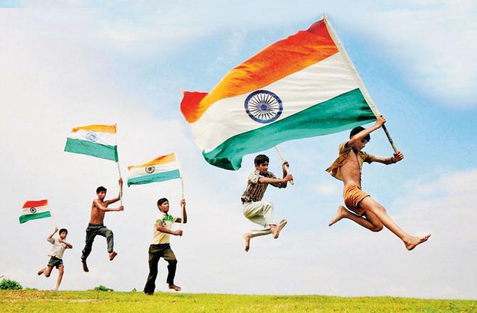 ભારત હમકો જાન સે પ્યારા હૈ