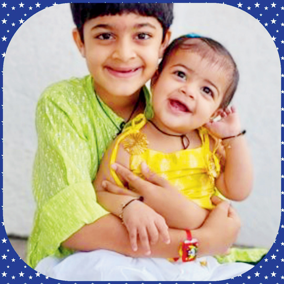 કાર્તિક મકવાણા અને વૈભવી મકવાણાચંદનનું તિલક, ચંદનનો તાર, શ્રાવણની સુગંધ, વરસાદનો આનંદ, પ્રેમની અને રેશમી રાખડી અને રક્ષાબંધનનો તહેવાર, સૌથી અલગ, સૌથી અનોખો... જેમાં પ્રતિબિંબિત થાય છે ભાઈ-બહેનનો પ્રેમ. ભાઈની રક્ષા, બહેનનો પ્રેમ.