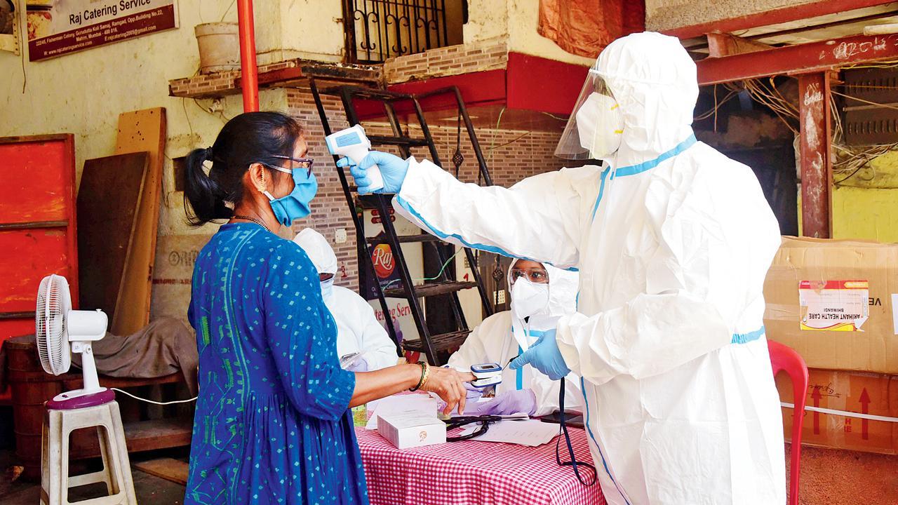 મુંબઈમાં નવાની સામે વધુ દરદીઓ રિકવર થતાં ઍક્ટિવ કેસની સંખ્યા ઘટી