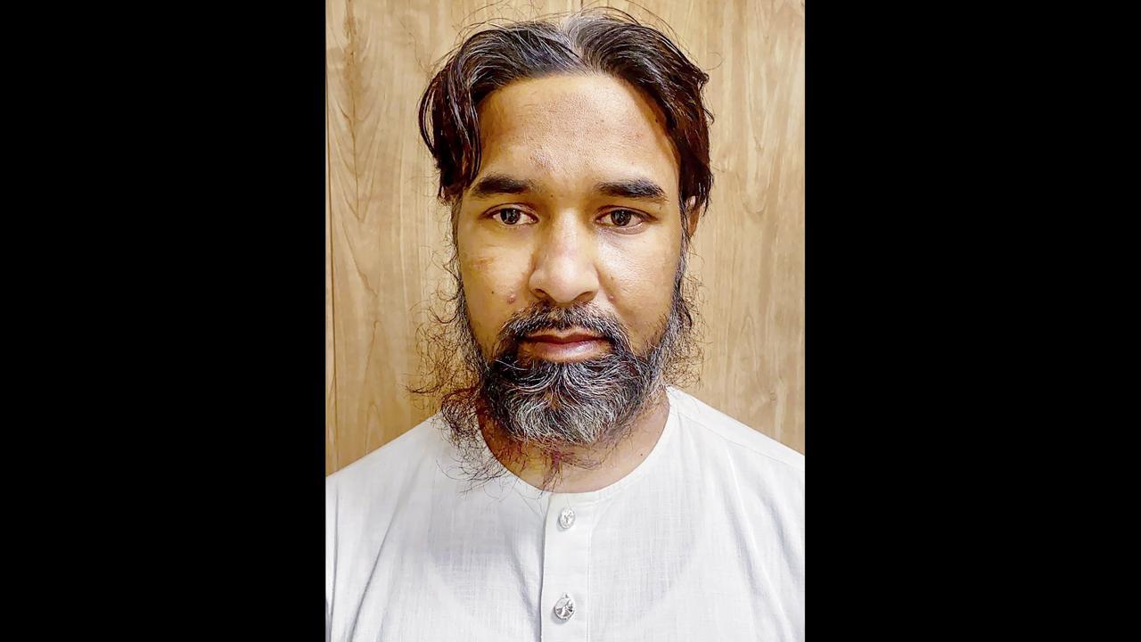 દિલ્હીથી પાકિસ્તાની આતંકવાદી પકડાયો