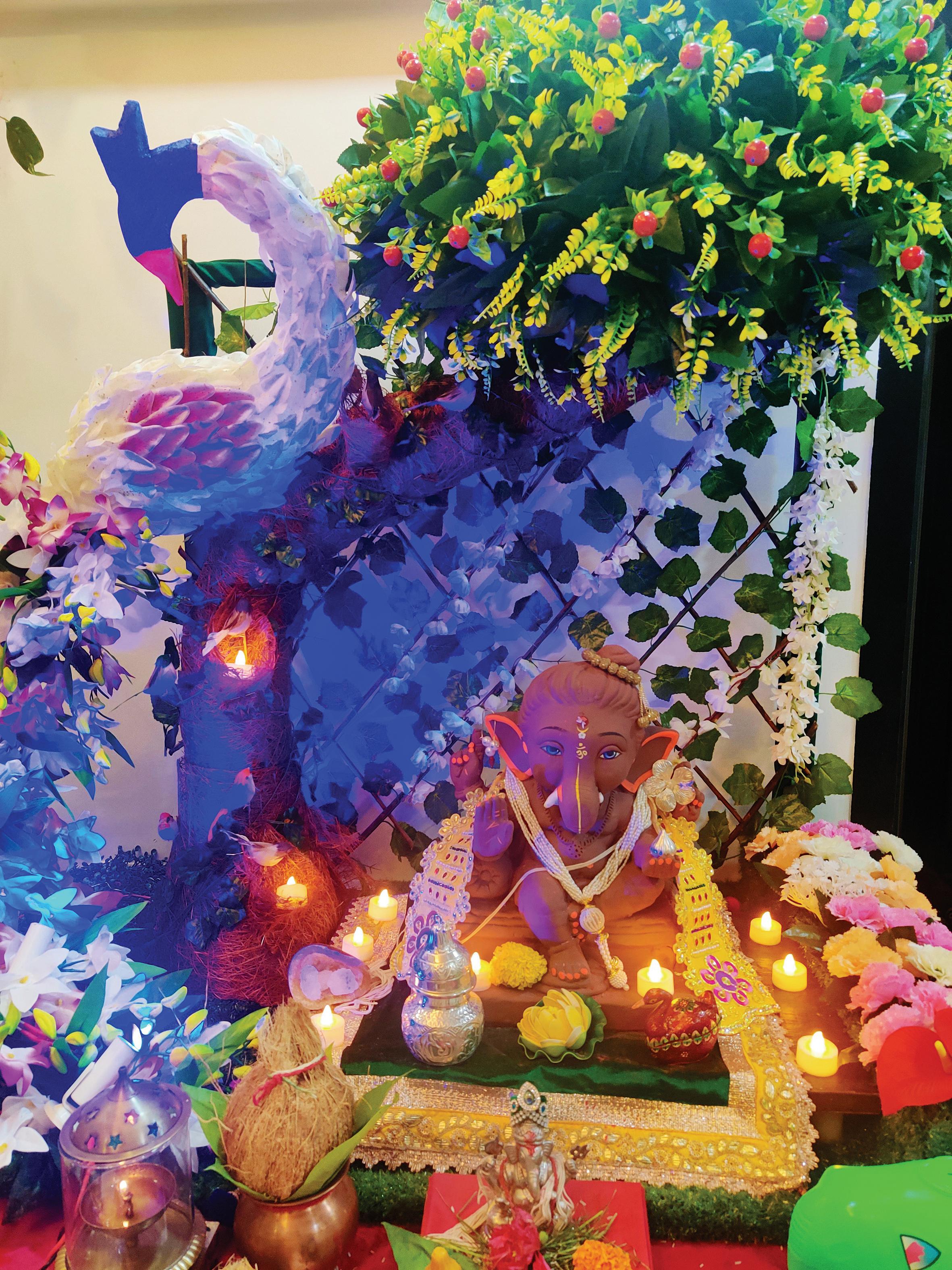 પાયલ યોગી, ગિરગામ : વર્ષ : ૪૨મું, પાંચ દિવસ, વિશેષતા : બાળસ્વરૂપ બાપ્પા તથા સ્ટેશનરી આઇટમોનું ડેકોરેશન, વિસર્જન બાદ સ્ટેશનરીનું ગરીબ બાળકોમાં વિતરણ.