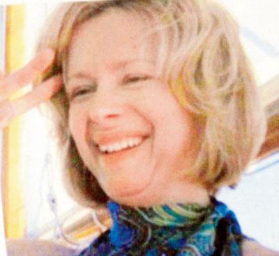 માથાફરેલ ટીનેજરના કૃત્ય માટે પાગલ ને ગન-ક્રેઝી માતા જવાબદાર?